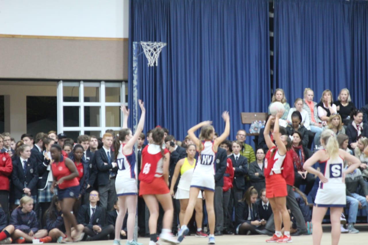 EHS netball takes to Somerset Colleges courts.